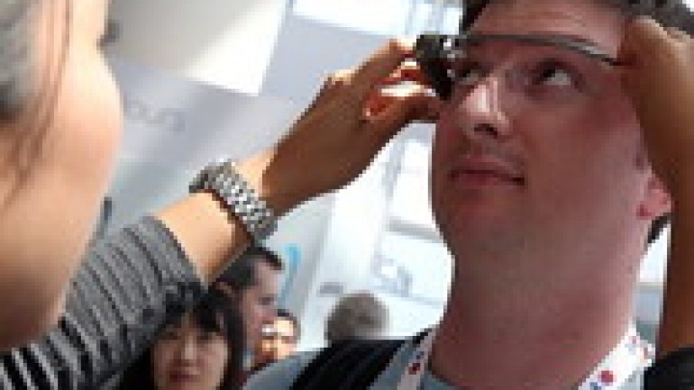 Google Glass app store confirmed for 2014