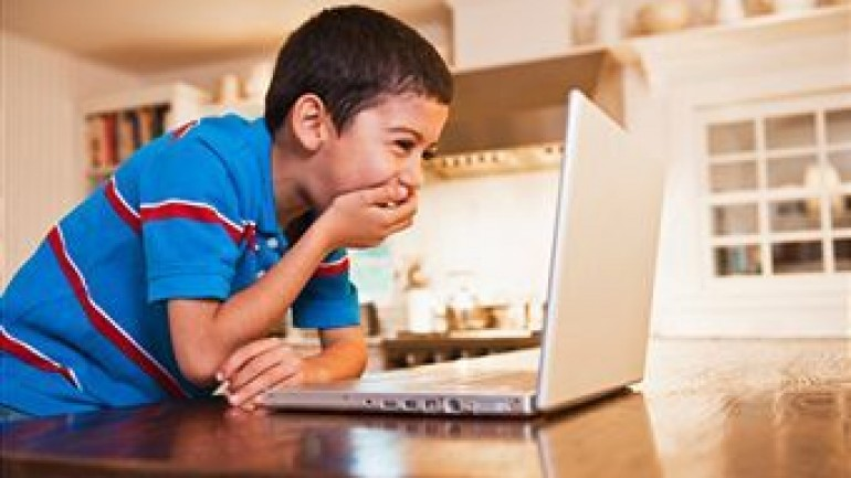 Negative Effects of Internet on Children