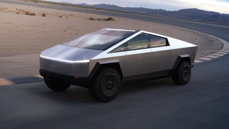 Tesla pickup modeli Cybertruck'ı ve ATV'sini tanıttı