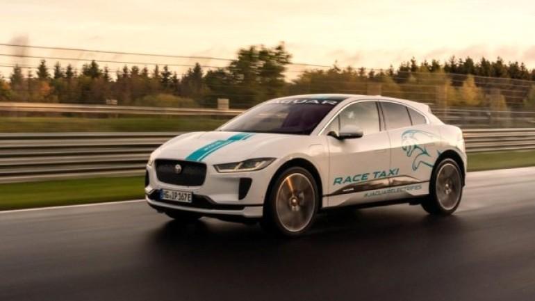 Jaguar I-PACE ile pist keyfi: RACE eTAXI