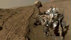 NASA'nın keşif aracı, çalışmalar için gönderildiği Mars'ta selfie çekti