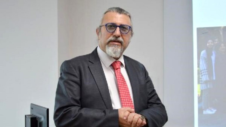 Prof. Dr. Ulutin: Kişisel önlemlerle koronavirüsten korunmak can kurtarıcı