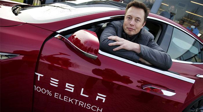 Tesla önümüzdeki 4 yılda 4500 kişi işe alacak